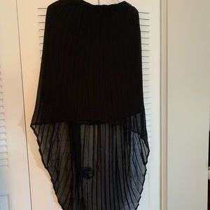 Black High-low skirt, never worn, size XL